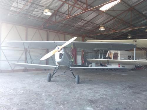 Dans le hangar près du BR-14